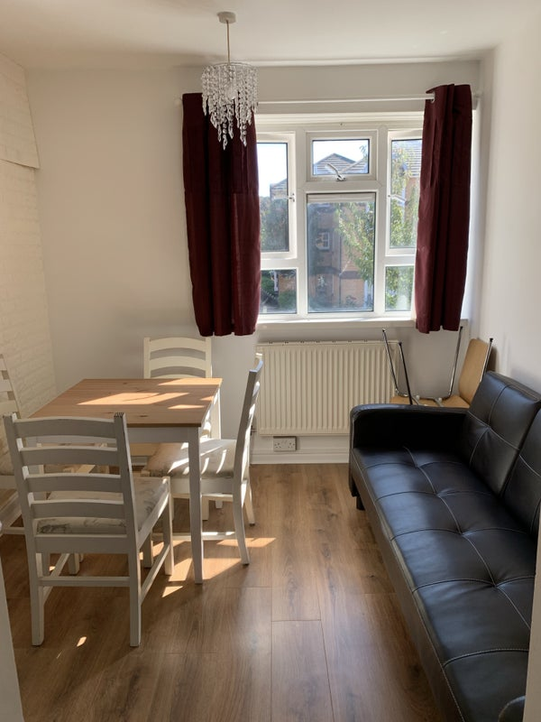 3bedrooms flat to rent  Main Photo