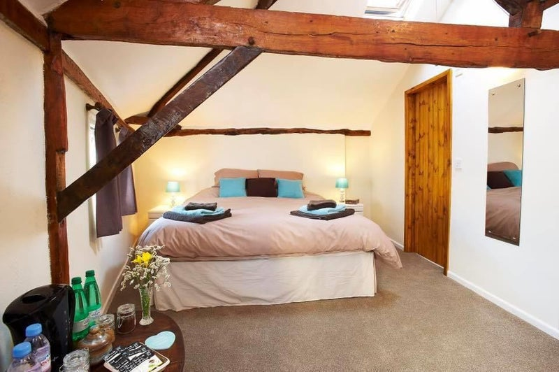Large Double en-suite rooms in Period property Main Photo