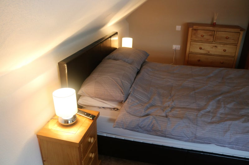 Lovely Large Double Room to Let Main Photo
