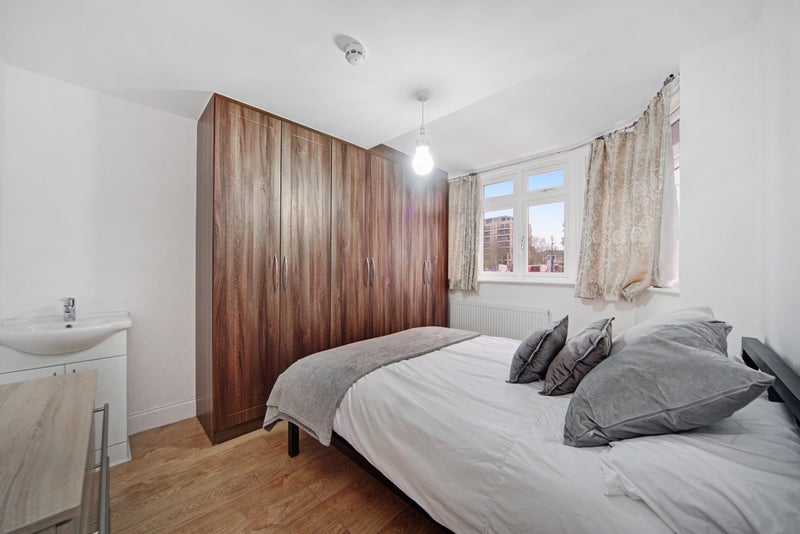 Rooms For Rent For Students Boston Manor London Flatshare Boston Manor London House Share Rooms To Let
