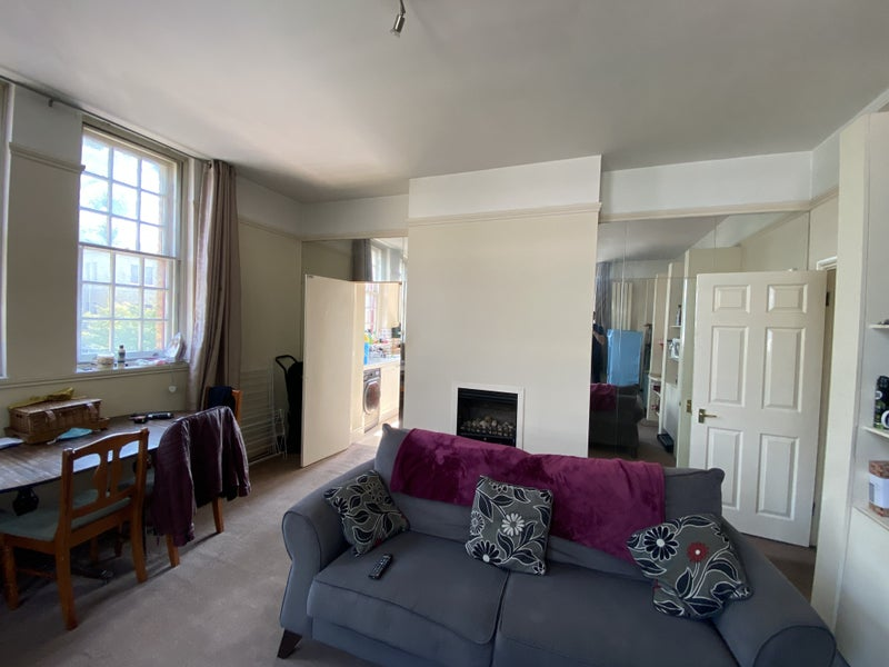 Room available in Osterley Gardens Main Photo