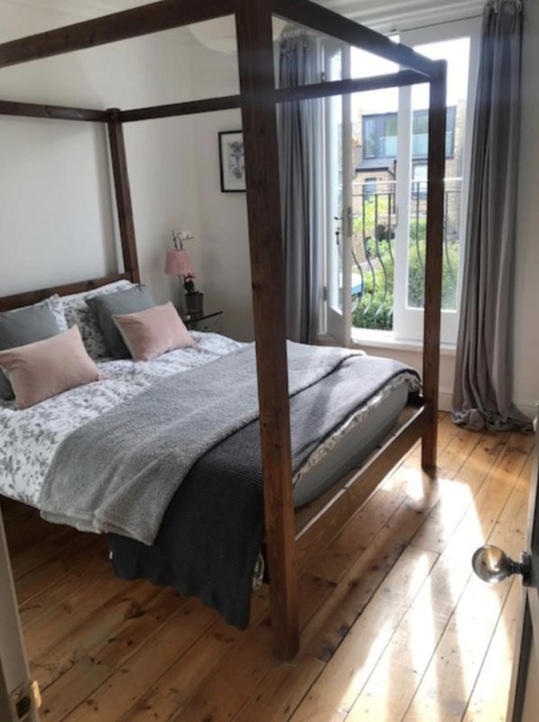 Bright Sunny  Double  Room Overlooking the Garden. Main Photo