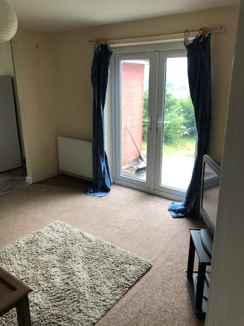 2 Bed flat in Godalming - £700pcm + bills  Main Photo