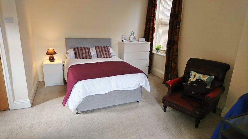 Really large double room, Harrogate Main Photo