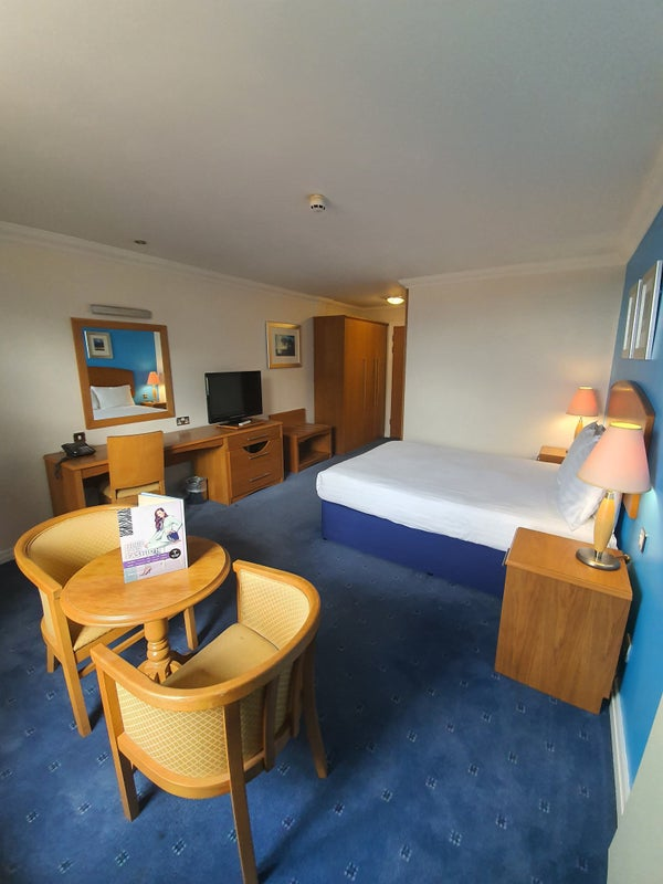 Beautiful Double Rooms Available Immediately  Main Photo