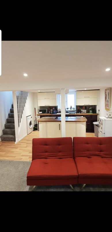 High specification double bedroom £120 per week Main Photo