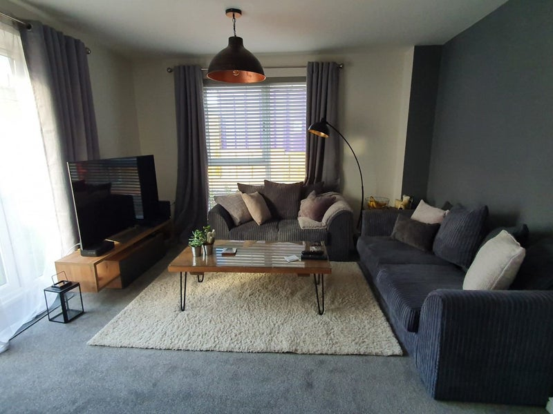 Fully Furnished Double Bedroom With En-Suite Main Photo