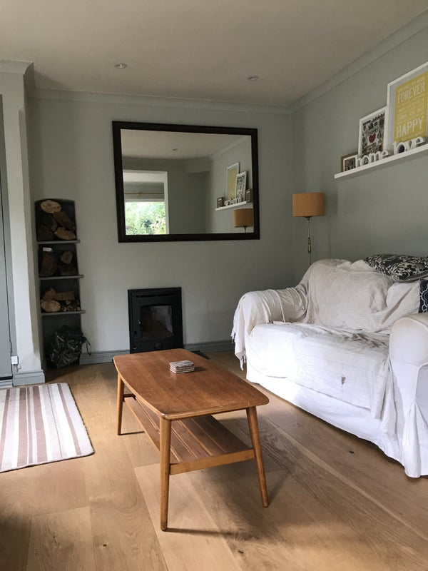 Room for rent in Chiddingfold, next to bus stop Main Photo