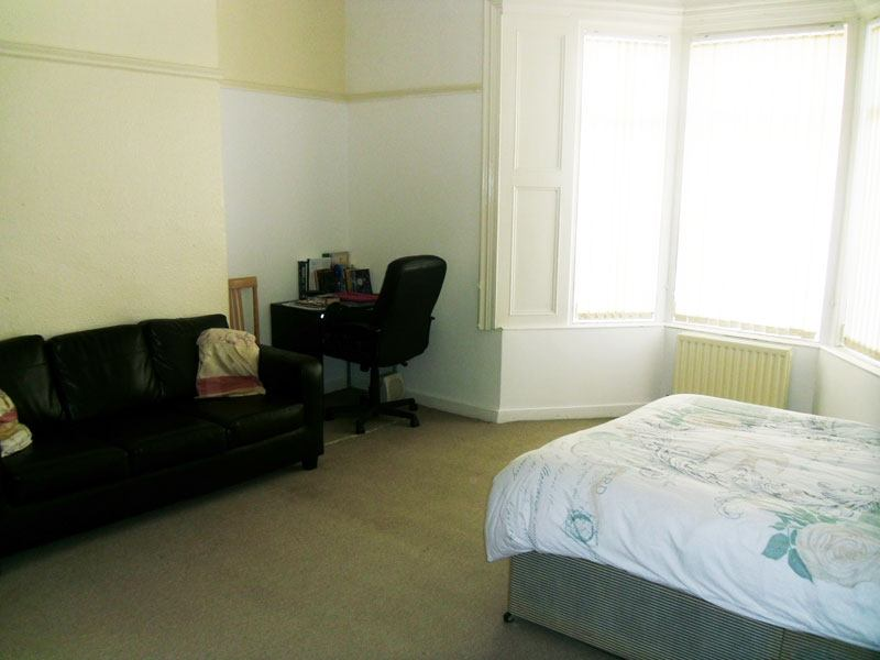 Spare Room  Bed Flat Newcastle Upon Tyne