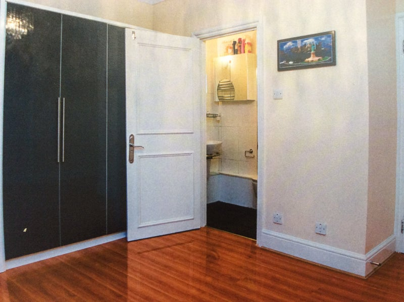 Bright and Spacious Flat in Hampsted  Main Photo