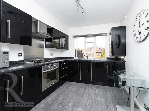 2 Double bedroom Modern Flat N2 - homely ! Main Photo