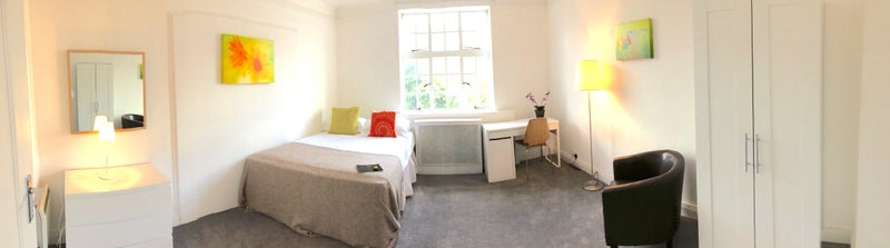 Lovely Spacious Room  Main Photo