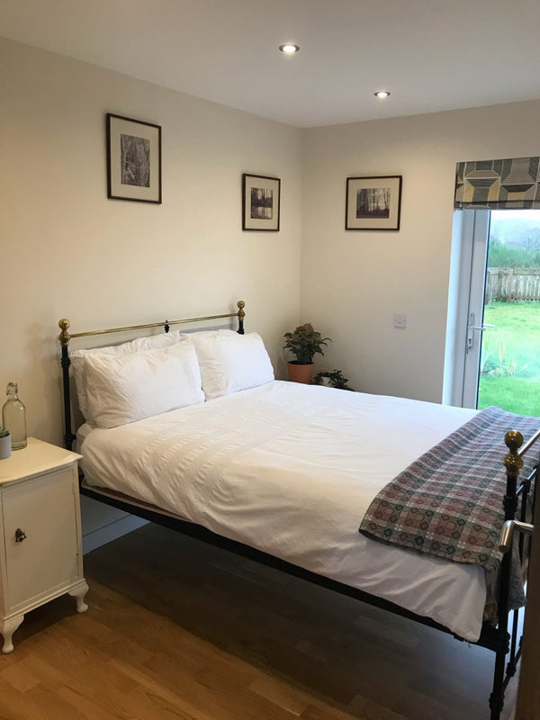 Lodger wanted in lovely clean new warm house Main Photo