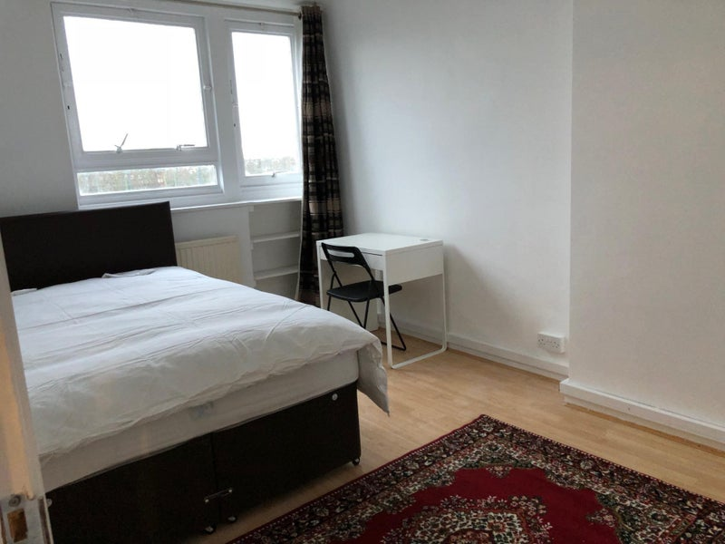 2 Rooms- Same Flat- All Included! Main Photo