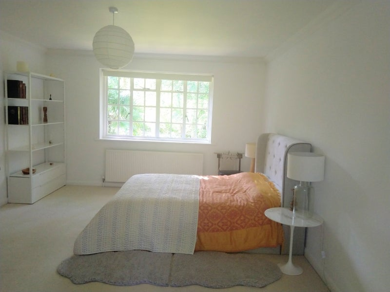 Very Large Double Ensuite Room Main Photo