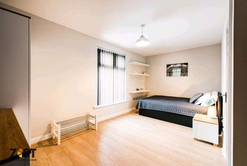 Photo 1: Lovely En Suite Room 5 available £99 weekly | £428 PCM