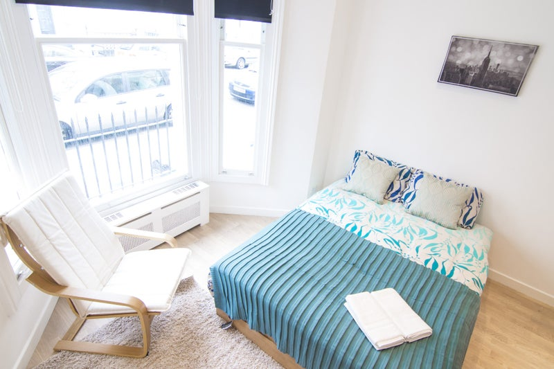 Spare Room North West London Studios For Rent