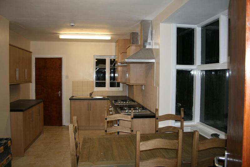 Professional Houseshare Furnished Double Bedrooms Room