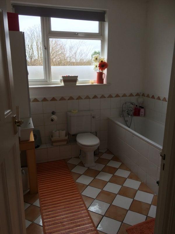 Double Room Epsom To Rent