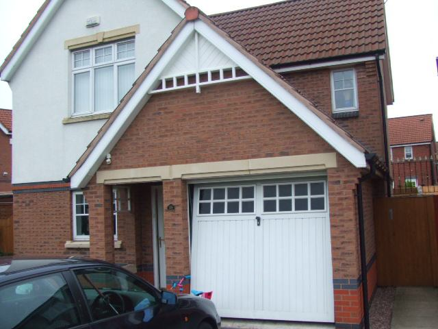 1 Room  in cosy modern 4bed detached house  Main Photo