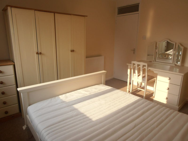 Large double room Deposit protected No fees Main Photo