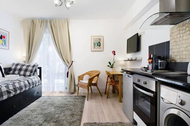 Bedsit in Notting Hill (Portobello Rd) Main Photo