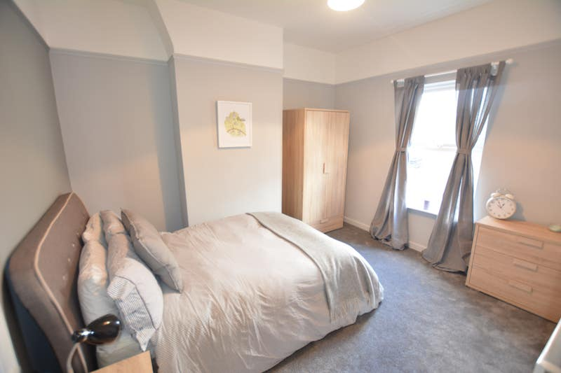 Double Room with Parking, Cleaner &Netflix Main Photo