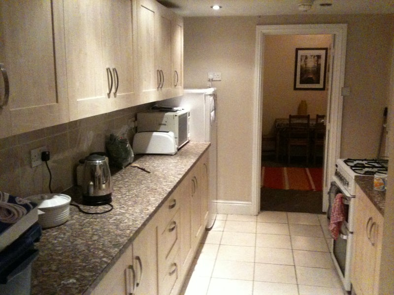 Two double room in house share near Bville station Main Photo