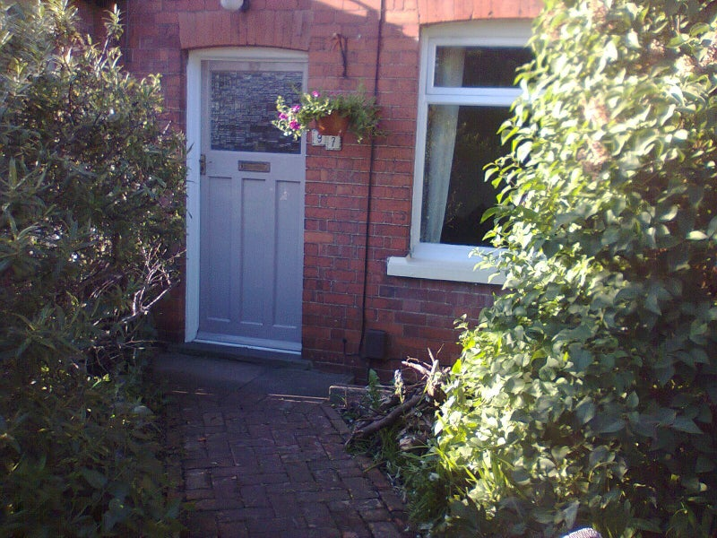 Room in Lovely Victorian House Mon-Fri Only Main Photo