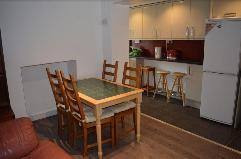 Furnished Rooms to Rent Treforest, (All inclusive) Main Photo