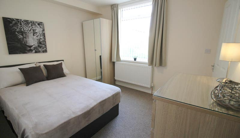 Large Double Ensuite Rooms in Mexborough Main Photo