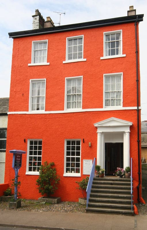 Large, Georgian House in the Town Centre Main Photo