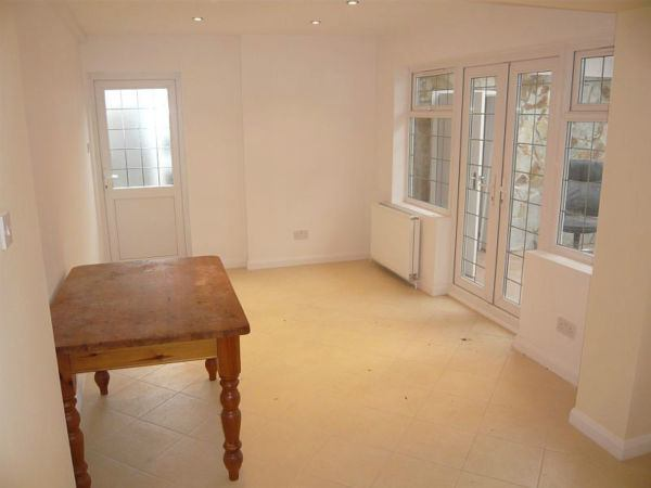 Double rooms to let in Potters Bar, EN6. Main Photo