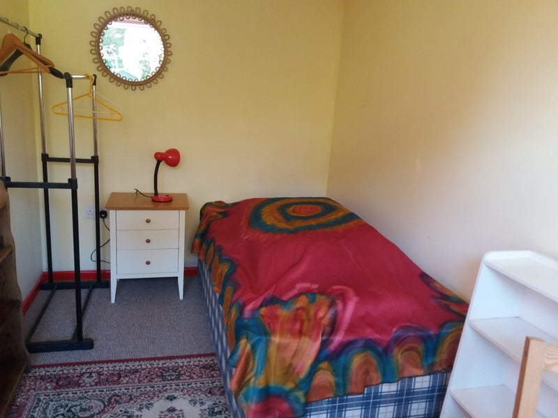 Single Room  in Exmouth   Main Photo