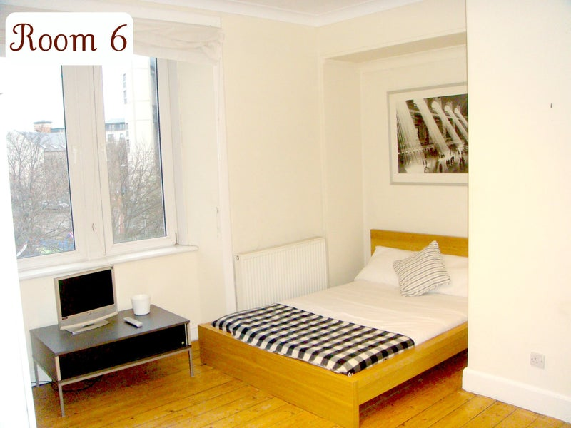 R6 - NO DEPOSIT - Bills Included in Weekly Rent Main Photo