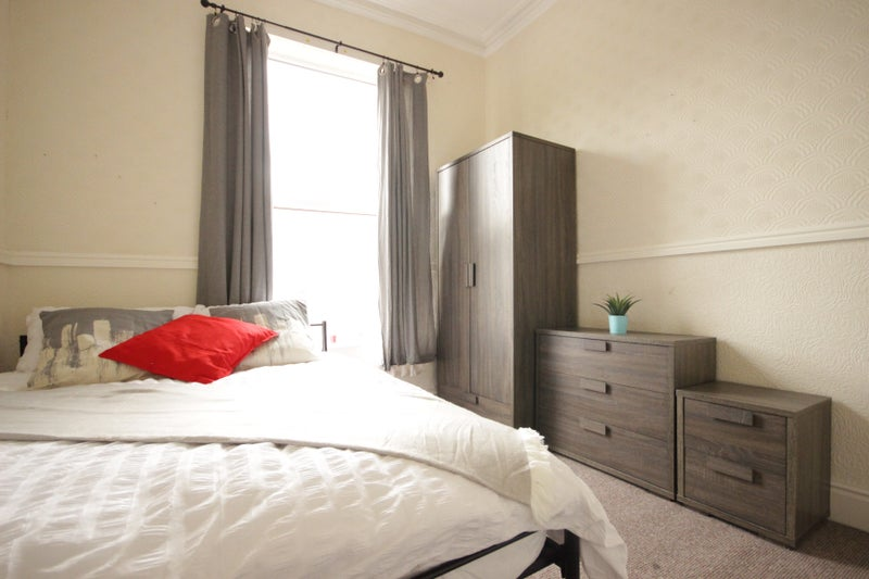 Double Room, Margaret Stret Main Photo