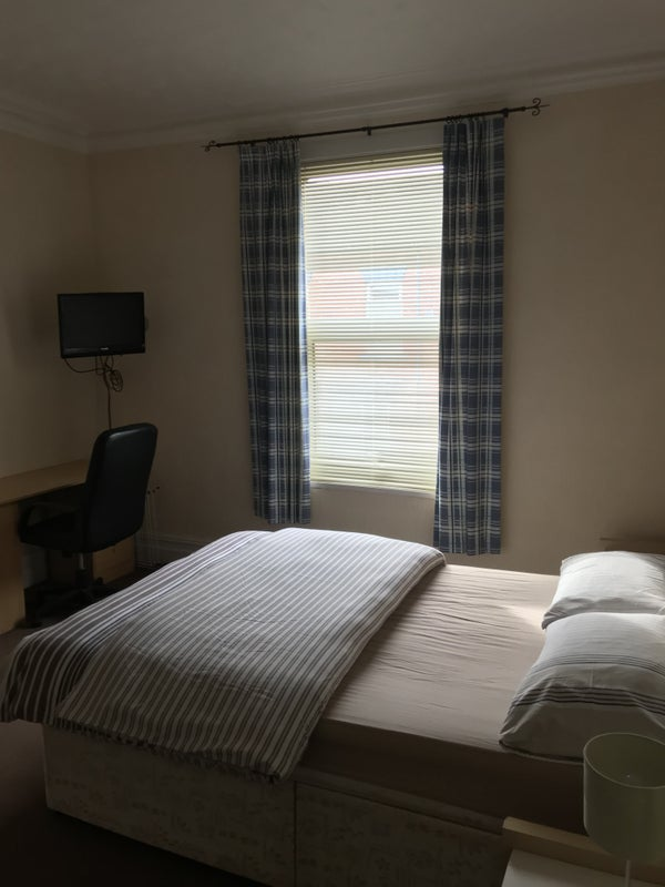 Fully Furnished  Rooms to Rent in Hartlepool Main Photo