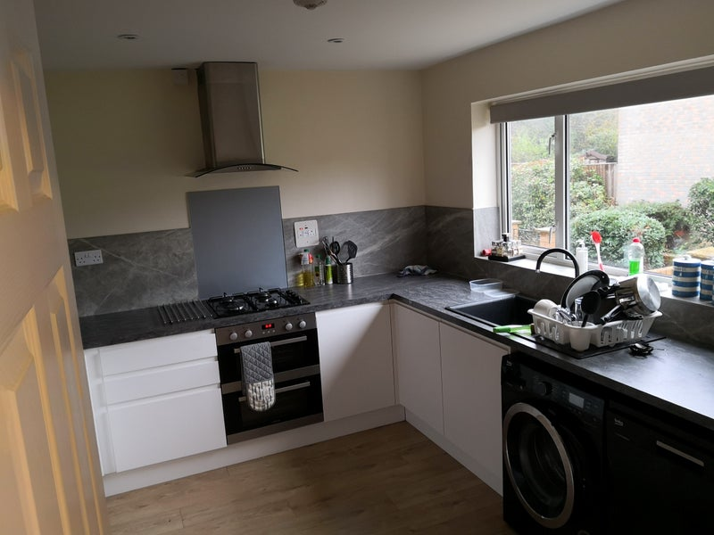 Double Room Professional House Tadley  Main Photo