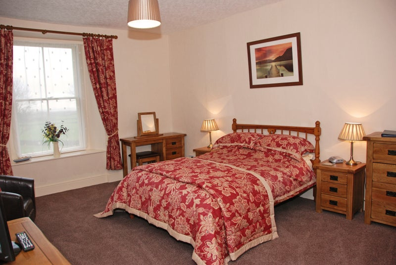 1 ensuite rooms available near BAE & Glaxo - rural Main Photo
