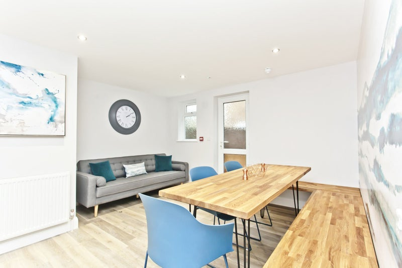 Newly Refurbished Professional Shared House Main Photo