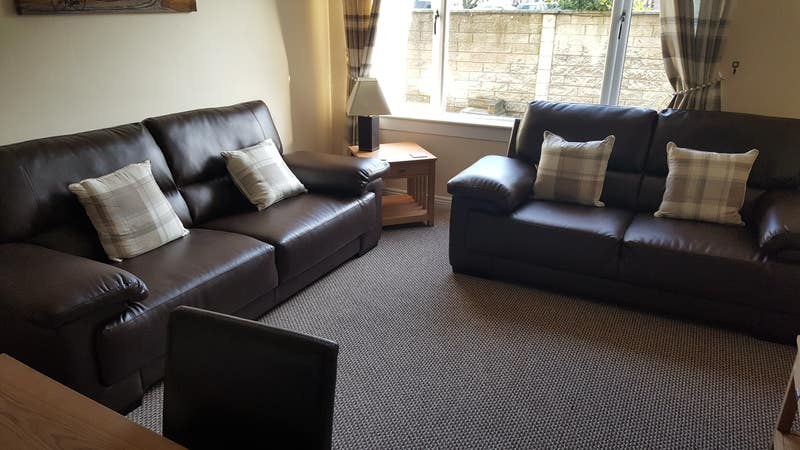 Well Equipped 2 Bedroom Flat : Contractors : Ineos Main Photo