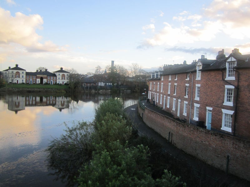 Double size room in Shrewsbury Riverside Townhouse Main Photo