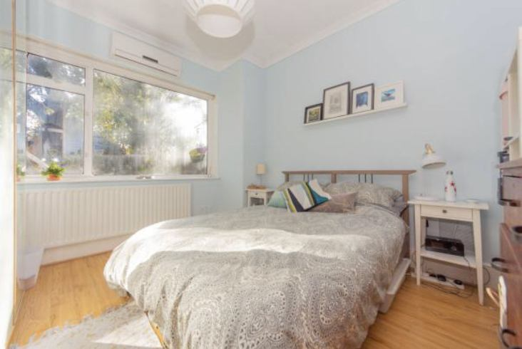 Lovely two bedroom Victorian flat  Main Photo