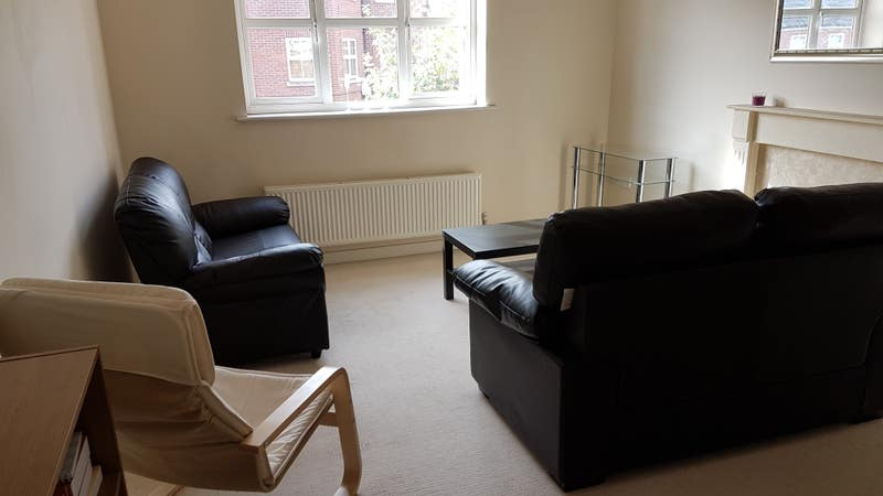 Beautiful Flat in Friendly Residential Area. Main Photo