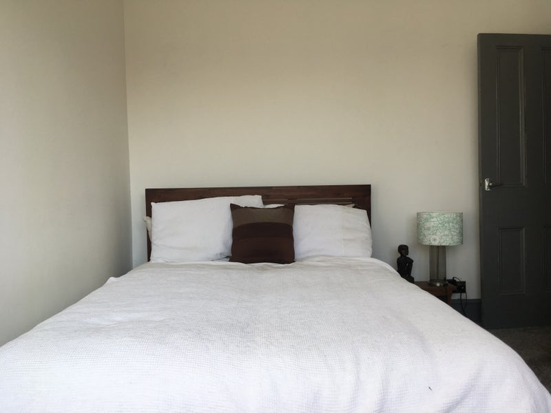 Lovely double room in a great location  Main Photo