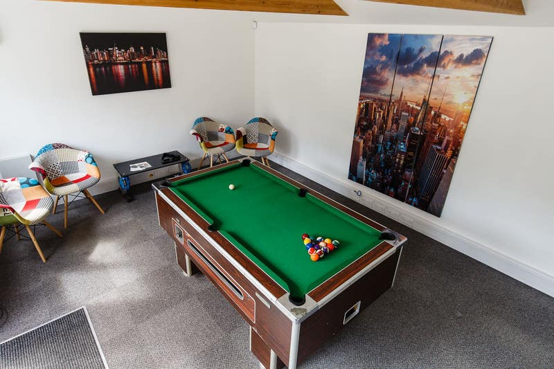 ⚽️Games Room! All Professional Tenants Main Photo