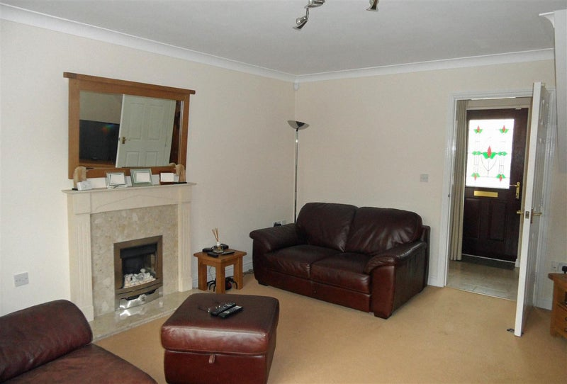Double room in impeccable house Main Photo