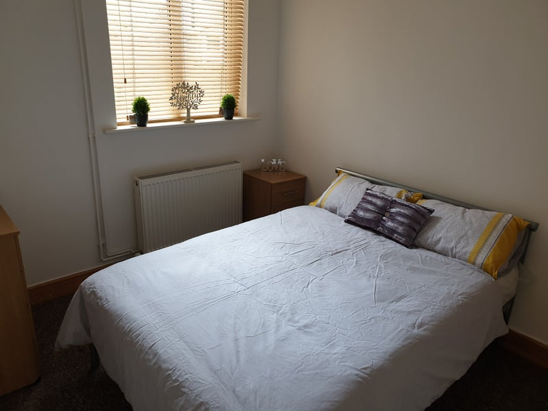 Superb Dbl Room- Great Location - £435 Main Photo