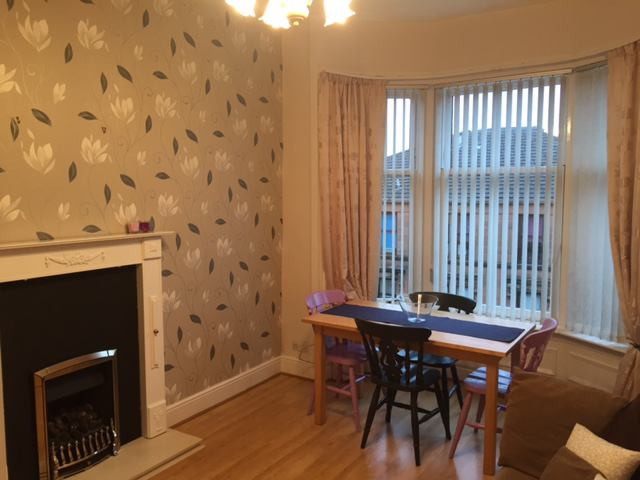 Bright and spacious 2 double bedrooms in G20 Main Photo