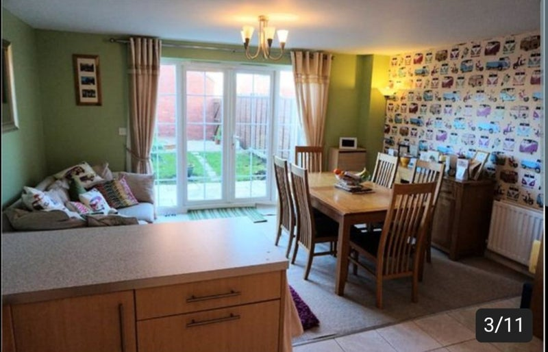 Two double furnished rooms in quiet tidy house Main Photo